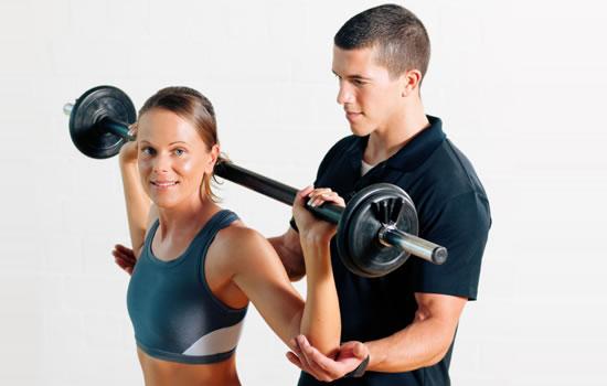 Opnå hurtigt vægttab med kostplan og styrketræning